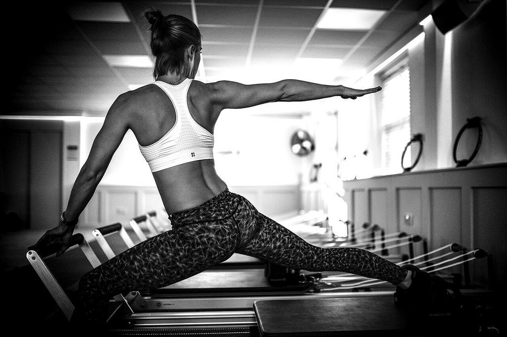 lunge exercise on reformer